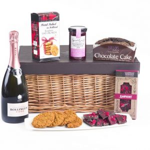 love hamper bollinger included